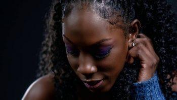 Lisa Banton – Black Skin