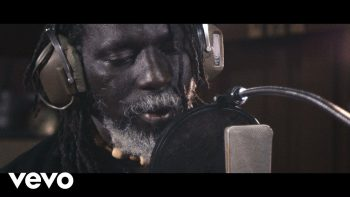 Tiken Jah Fakoly – Is It Because I'm Black? ft. Ken Boothe
